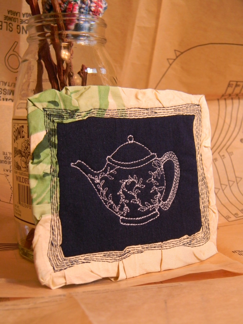 tiny tea pot4