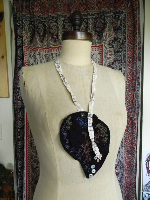 floriography necklace4