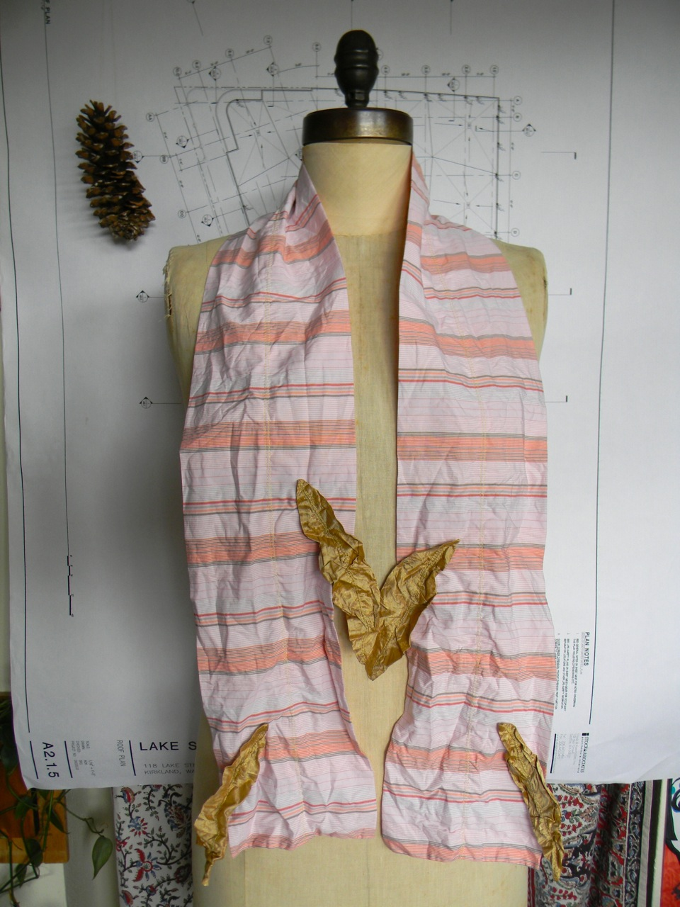 four golden wishes scarf1