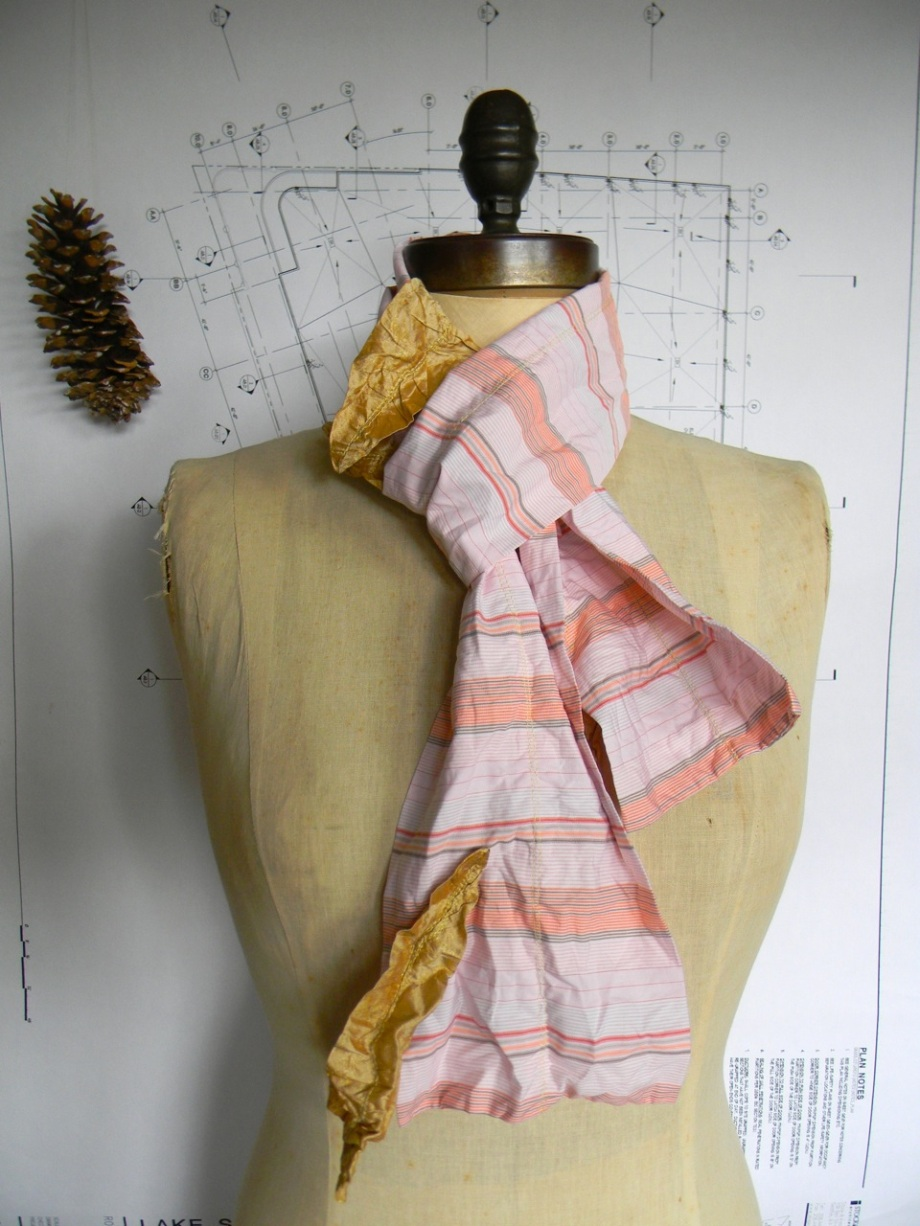 four golden wishes scarf3
