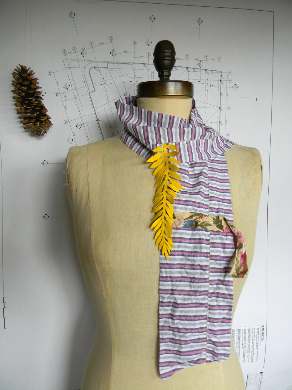 happiness scarf2