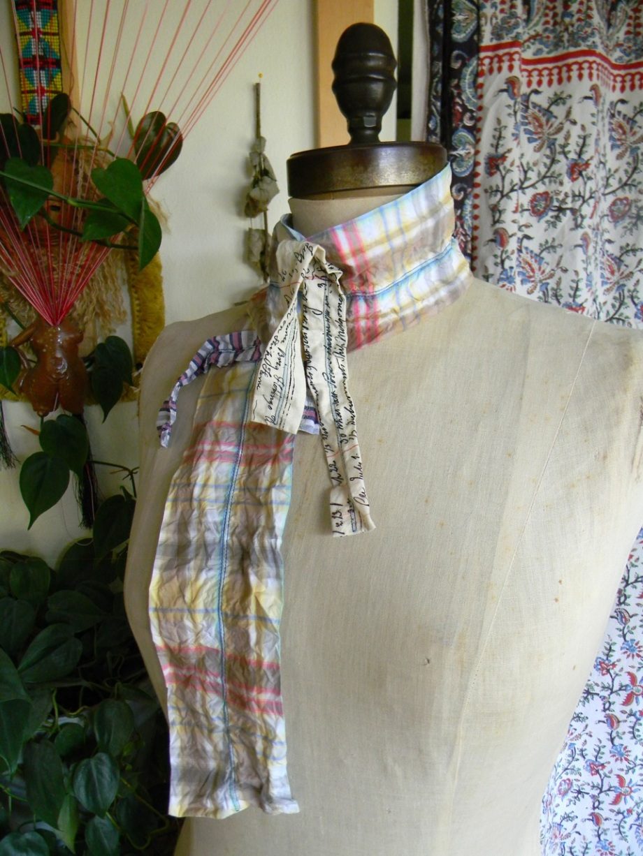sculptural plaid scarf3