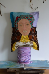 thread mama pillow3